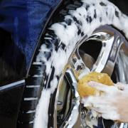Защита и чернение покрышек автомобиля своими руками